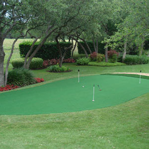 Custom Backyard Residential Putting Green